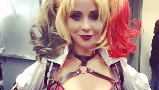Harley Quinn Voice Actor Tara Strong Cosplayed As Harley Quinn Again Because God Loves Us