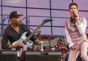 Jane's Addiction Rocks Out With 'Mountain Song' Alongside Special Guest Tom Morello