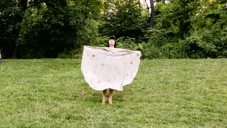 Let This Instructional Video Show You All The Best Ways To Use Your Tortilla Towel