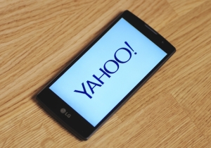 Verizon Is Buying Yahoo! To Compete With Google