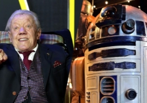 Kenny Baker, The Soul Within R2-D2, Is Dead At Age 83