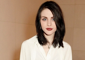 Frances Bean Cobain Makes Her Music Debut To The World With A Far Too Brief Jimmy Eat World Cover