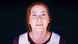 Amy Adams Properly Introduces Herself To The Aliens In The First Full 'Arrival' Trailer
