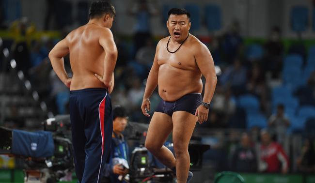 mongolia wrestling coaches