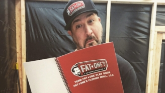 Joey Fatone's Hot Dog Kiosk Accidentally Sparked A Shooting Scare At The Mall