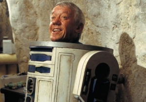 Tributes Pour In Following The Passing Of 'Star Wars' Actor Kenny Baker