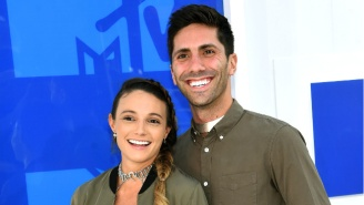 Nev Schulman's Fiancé Laura Perlongo Bared Her Pregnant Stomach On The VMAs Red Carpet