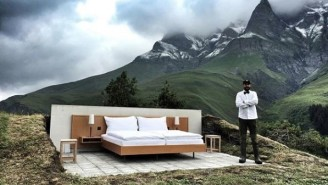 Here's The Most Minimalist Hotel Room You'll Ever See