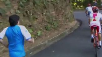 This Overzealous Fan Sprinted After A Group Of Olympic Cyclists And Would Not Stop Screaming