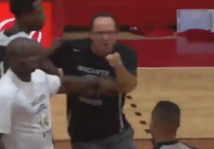 Wichita State Coach Gregg Marshall Tried To Fight A Ref After Getting Ejected