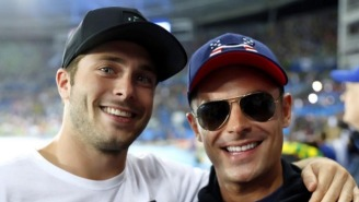 Zac Efron Poses With His Olympic Medal-Winning Doppelganger In Rio