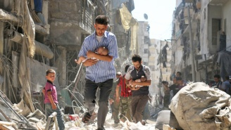 50,000 Syrian Civilians Remain Trapped In Aleppo After The Ceasefire Agreement Immediately Collapses