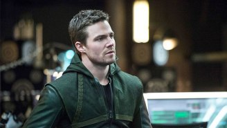 'Arrow' Star Stephen Amell Is Looking To Compete On 'American Ninja Warrior' In 2017