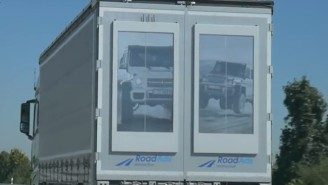 Watch As New eInk Screens Turn Trucks Into Ever-Changing Billboards