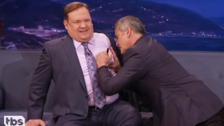 Bruce Campbell Uses Andy To Demonstrate To Conan How To Properly Autograph A Woman's Breast