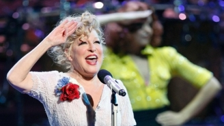 Trump Called Bette Midler A 'Washed Up Psycho' In The Middle Of The Night, Leaving Everyone Baffled