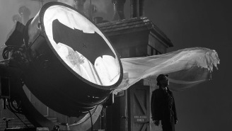 Zack Snyder turns on the Batsignal, reveals JK Simmons' Commissioner Gordon