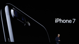 Fans Were So Stoked For Apple's iPhone 7 Announcement That Even Adult Video Traffic Plummented