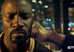 Mike Colter Explains The Art Of 'Smack Fu' To Seth Meyers