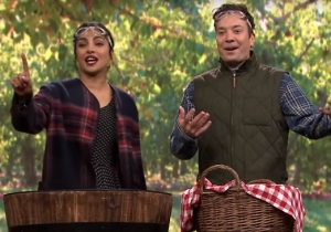 'Quantico' Star Priyanka Chopra Dominated Jimmy Fallon At Bobbing For Apples