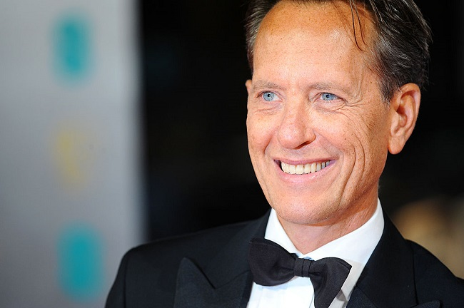 richard-e-grant_Getty LONDON, ENGLAND - FEBRUARY 16: Actor Richard E. Grant attends the EE British Academy Film Awards 2014 at The Royal Opera House on February 16, 2014 in London, England. (Photo by Anthony Harvey/Getty Images)
