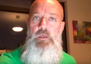 Michael Stipe Pledges His Support To Help Free Chelsea Manning