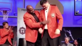 Shaq Was The Only One Large Enough To Help Yao Ming Slip Into His Hall-Of-Fame Jacket