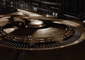 'Star Trek: Discovery' will boldly go live later than expected