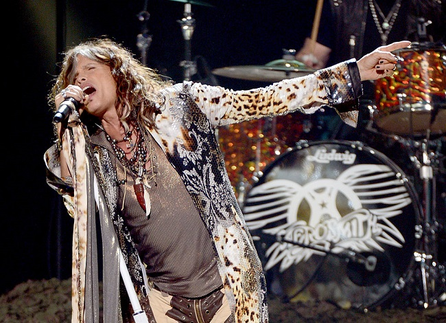steven-tyler-2012-american-idol-finale_Getty ... LOS ANGELES, CA - MAY 23: Singer Steven Tyler of Aerosmith performs onstage during Fox's 'American Idol 2012' results show at Nokia Theatre L.A. Live on May 23, 2012 in Los Angeles, California. (Photo by Mark Davis/Getty Images)