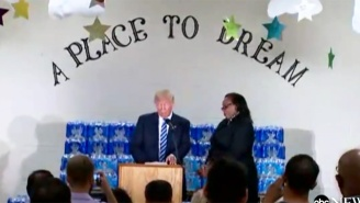 A Flint Pastor Shuts Down Donald Trump When He Starts To Criticize Hillary Clinton During A Speech