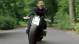 BMW's Motorrad Vision Next Is So Safe, It Can Be Ridden Without A Helmet