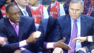 A Rockets Assistant Had A Hilariously Horrible Time Giving Five To His Fellow Coaches