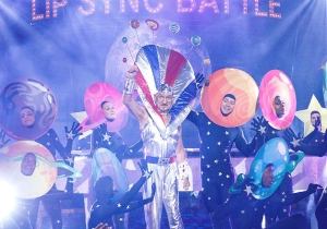 What's On Tonight: Someone Convinced Sir Ben Kingsley To 'Lip Sync Battle'