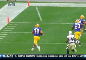 Pitt Scored The Offensive Lineman Touchdown Of The Year On A Throwback Screen