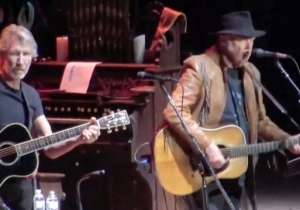 Roger Waters, Neil Young, And My Morning Jacket Came Together On Stage For A Bob Dylan Cover