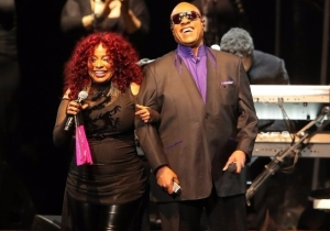 Watch Stevie Wonder And Chaka Khan Cover Prince Songs At A Moving Tribute Concert