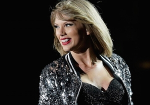 Taylor Swift Thinks The New Kings Of Leon Album 'Walls' Is Essential Listening