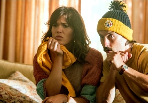 Review: 'This Is Us' both scores and fumbles with 'The Game Plan'
