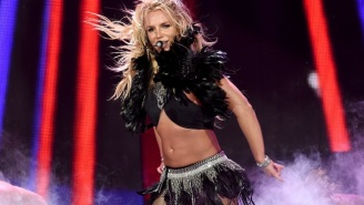 Britney Spears And Her Whole Dance Troupe Froze For A Celebratory Mannequin Challenge