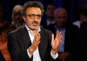 Chobani's Founder Is Getting Death Threats For Hiring Refugees