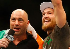 Joe Rogan Thinks Floyd Mayweather Is Getting Rattled By Conor McGregor's Epic World Tour Smack Talk
