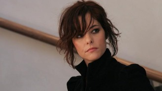 Parker Posey As 'Lost In Space's' Dr. Smith Is The Most Genius Casting, Netflix