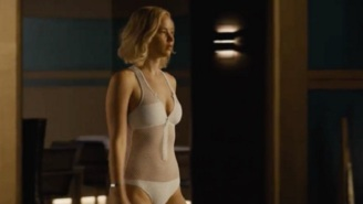 Jennifer Lawrence Learns The Dangers Of Swimming In Space In A Terrifying 'Passengers' Clip