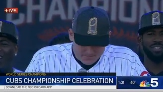 Anthony Rizzo Let The Emotion Flow Talking About David Ross To Chicago's Parade Crowd