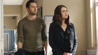 What's On Tonight: 'Red Oaks' Season 2 On Amazon And 'The Blacklist' Midseason Finale