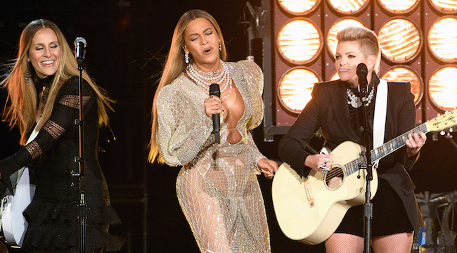 The Grammy Country Music Committee Reportedly Rejected Beyonce's 'Daddy Lessons'
