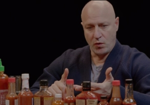'Top Chef' Star Tom Colicchio Goes Toe-To-Toe With Some Insanely Hot Wings