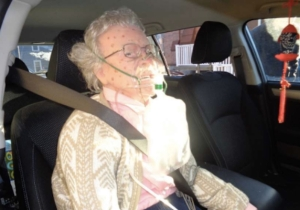 Police Heroically 'Rescued' A Mannequin From A Freezing Car And The Owner Was Furious