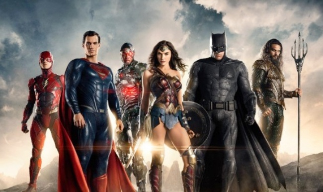 DC Might Have An In-House Solution To Its Superhero Movie Problem