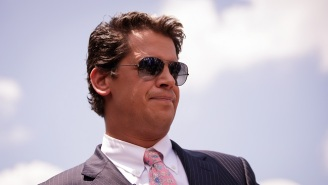 Many Of Simon & Schuster Children's Authors Are Protesting The Milo Yiannopoulos Book Deal